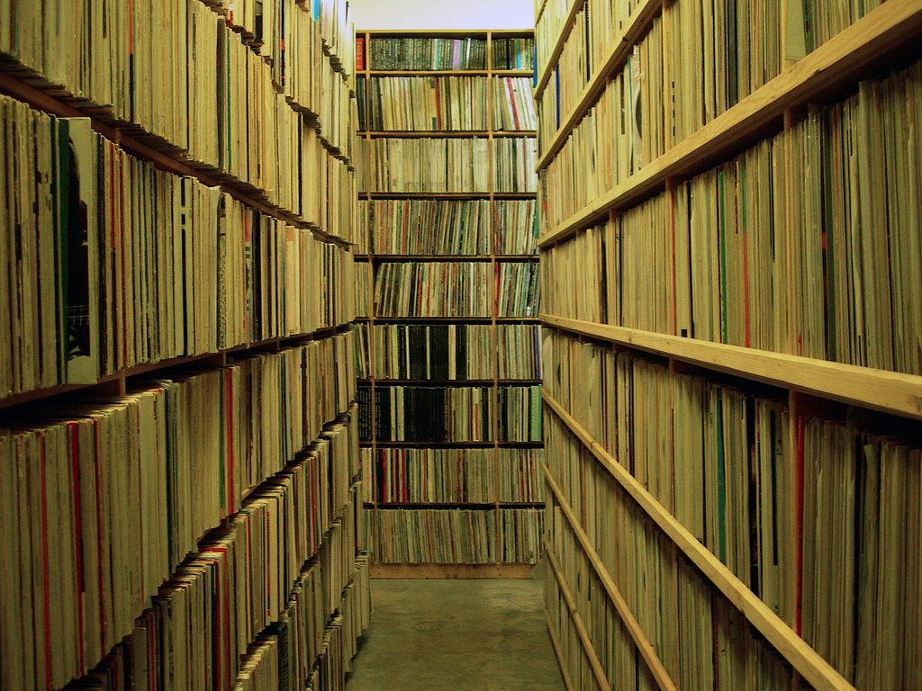 Cataloguing Records with Discogs